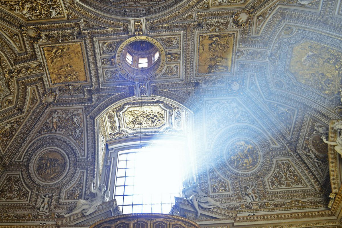 st-peters-basilica-1014258_1920